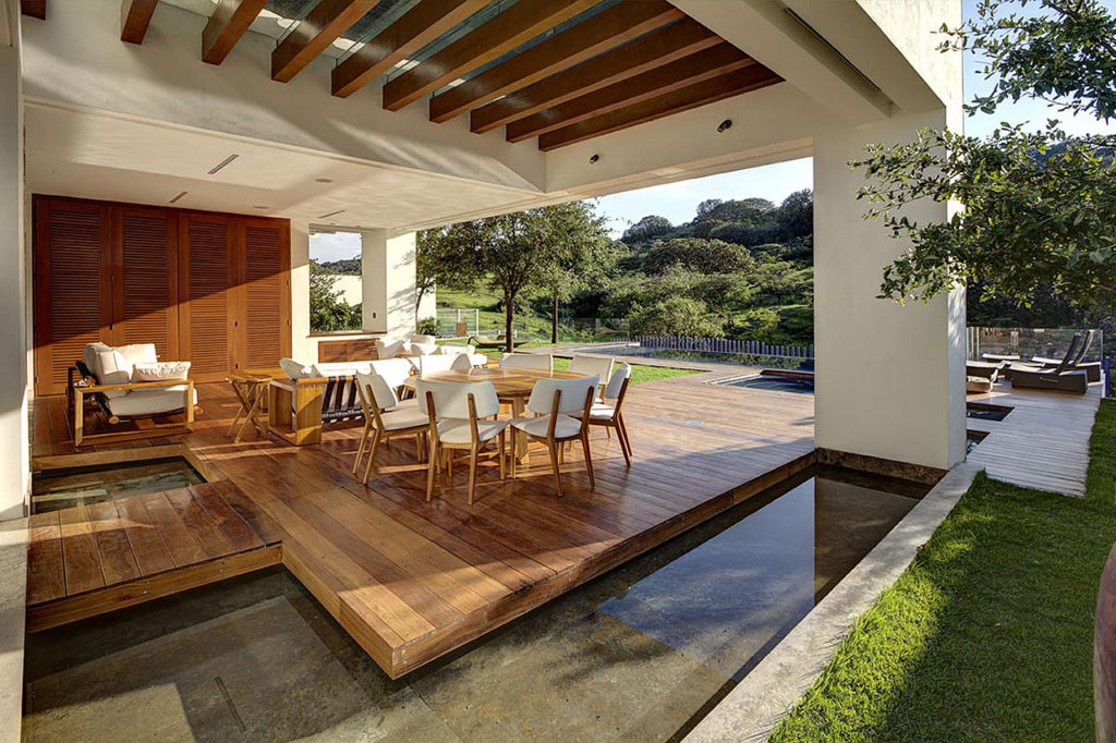 Modern Backyard Ideas With Water Feature Or Decorative Pond Colour My Living